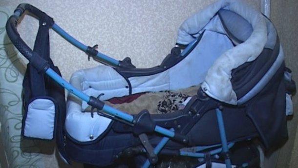 В Киеве горе-мать убила свою 9-месячную дочь алкоголем (ВИДЕО) От подробностей просто мурашки по коже