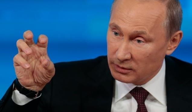 Политолог объяснил, почему Путин пустил украинцев с проверкой
