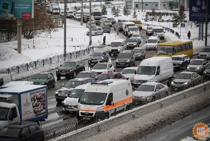 Украинцев предупредили о перекрытии въезда в город