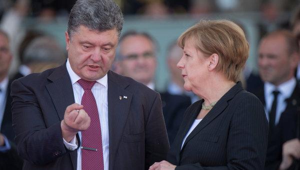 Порошенко с Меркель говорили о привлечении США к переговорам относительно Донбасса