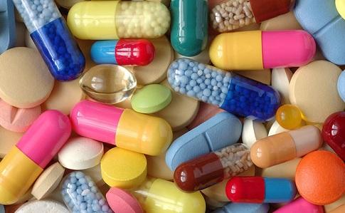 Лекарства в Украину будут ввозить по упрощенной системе регистрации