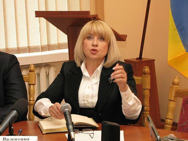 Суд оправдал Валентину Зеленчук, которую поймали на взятке, а судили за мошенничество (видео)