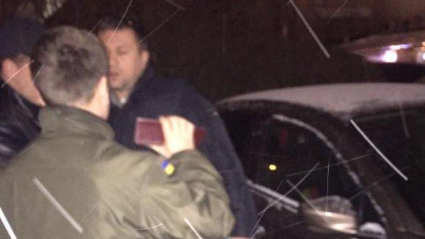 Помощника нардепа из парламентской коалиции задержали на немалой взятке