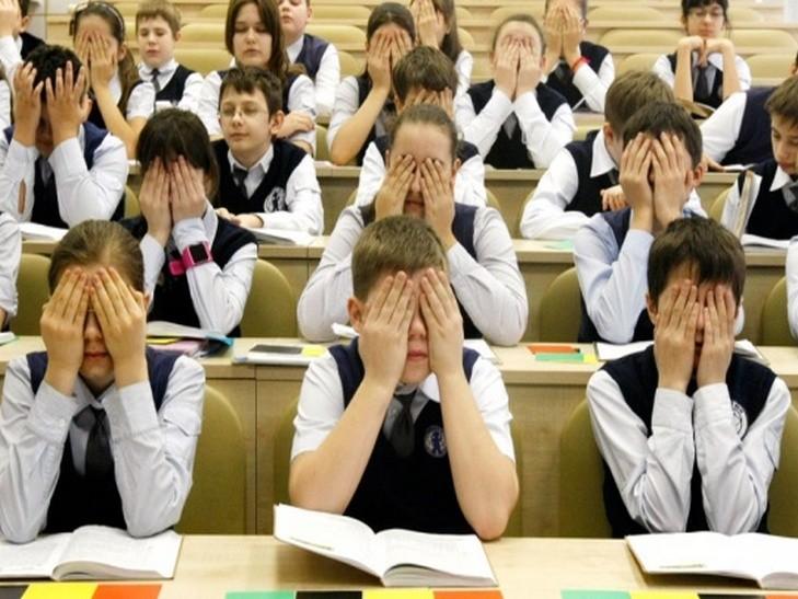Ровенские школьники снова будут сидеть дома