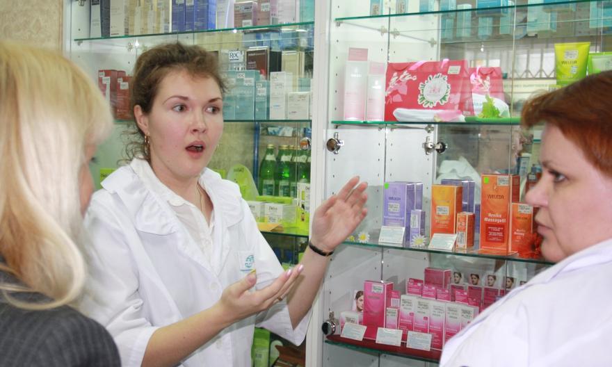 Срочно! На украинцев ждут пустые аптеки: покупать не останется почти ничего
