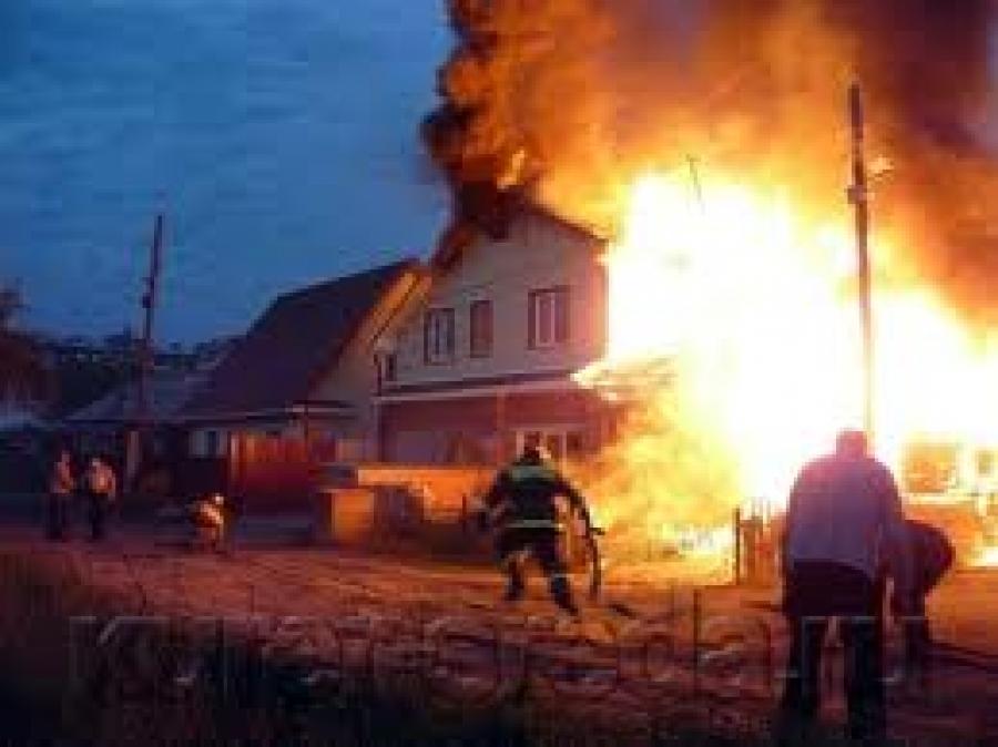 Это просто ужасно: пьяный закарпатец намеренно зажег дом вместе с семьей (ФОТО)