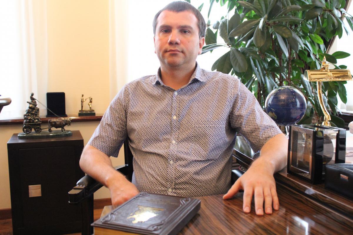 Полет ценой в годовую зарплату: Как киевский судья Вовк слетал в Норвегию на частном самолете