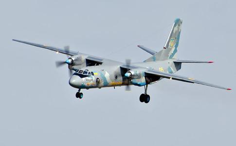 Украинский самолет обстреляли над морем из захваченных РФ вышек (ФОТО)