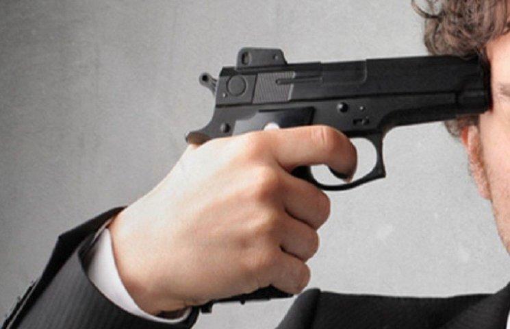 Сам застрелился или кто помог? В поезде Львов-Мариуполь нашли застреленного военного