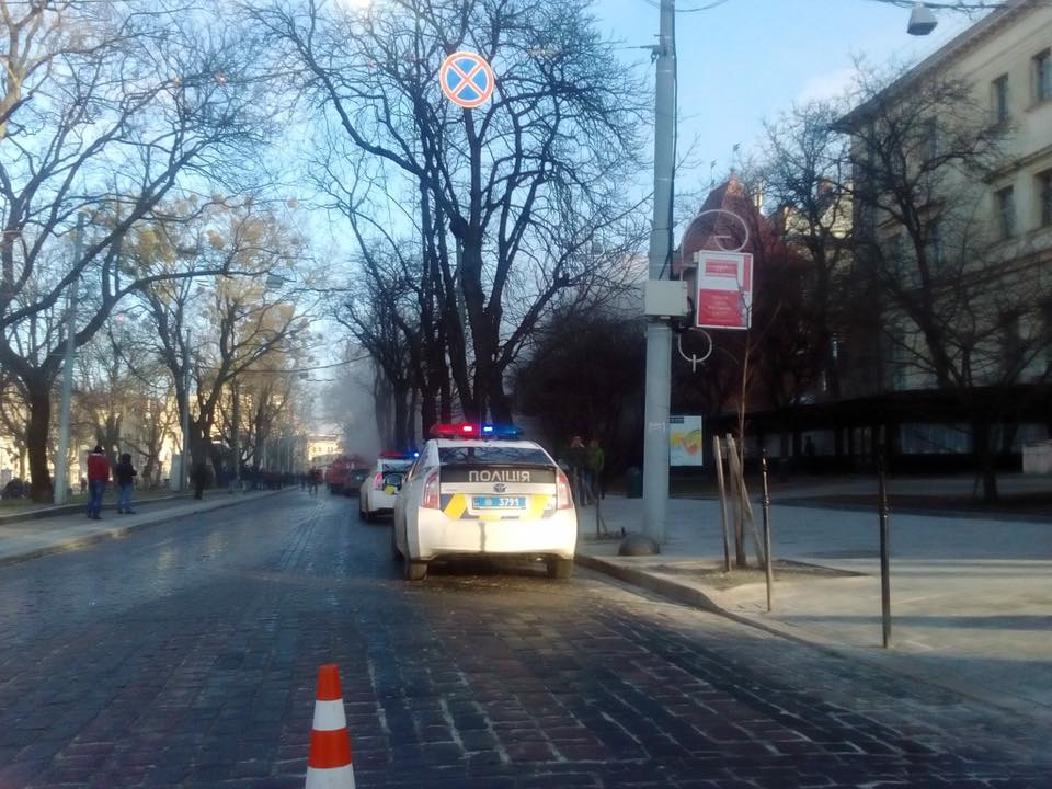 В центре Львова произошел страшный пожар в одном из ресторанов (ФОТО, ВИДЕО)