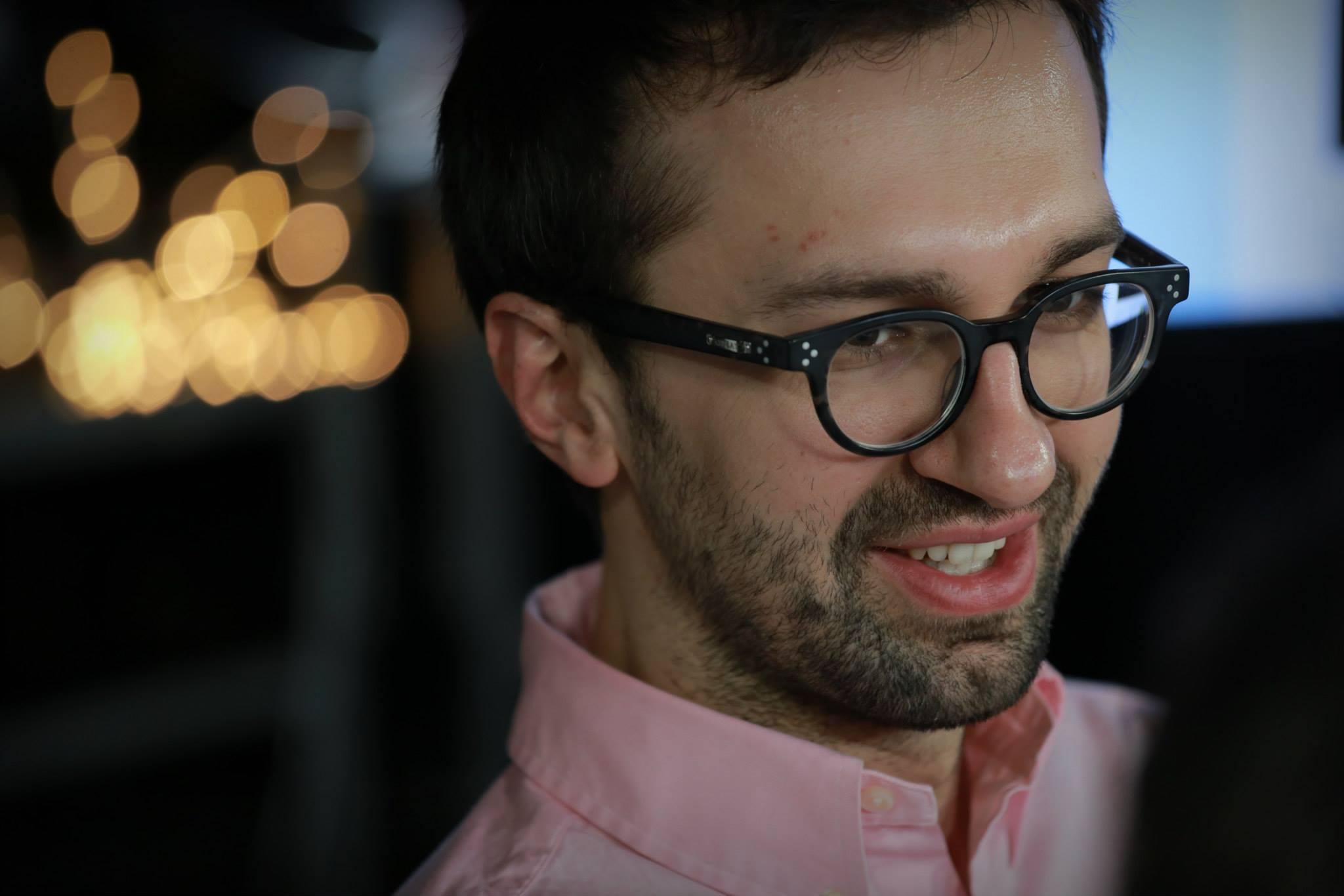 Разошелся: нардеп Лещенко «вмазал» Мельничук прямо в лицо кулаком