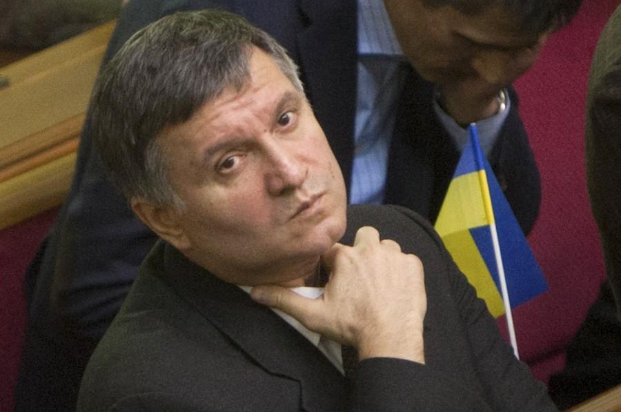 Глубоко и далеко: Аваков выругался на блогеров. Ему после этого надо рот с мылом вымыть (ФОТО)