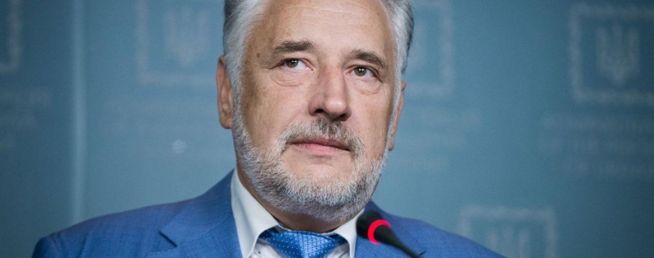 Жебривский: Прошлой ночью Авдеевку обстреливали снова