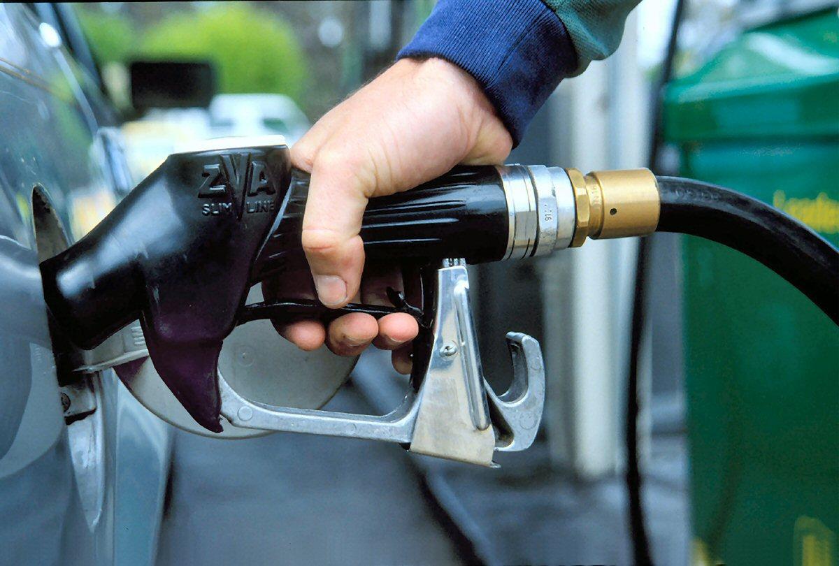 Неожиданно: украинцы придумали дешевую альтернативу бензину