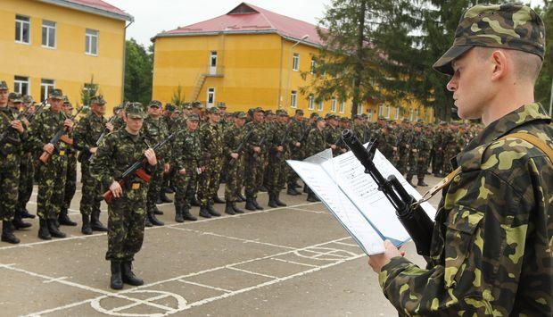 Украинцы потрясены! Военкоматы придумали новый способ загонять к себе призывников