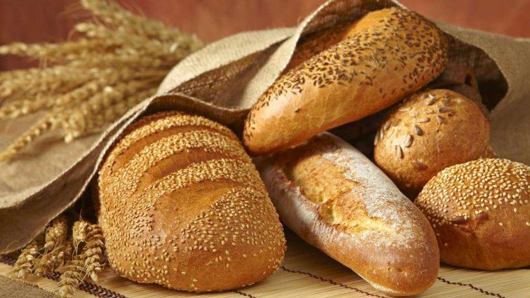 Наелись: От завтрашнего дня хлеб на вес золота
