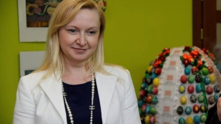 Аж волосы дыбом встают: у любовницы Януковича в Киеве до сих пор успешно работает салон красоты