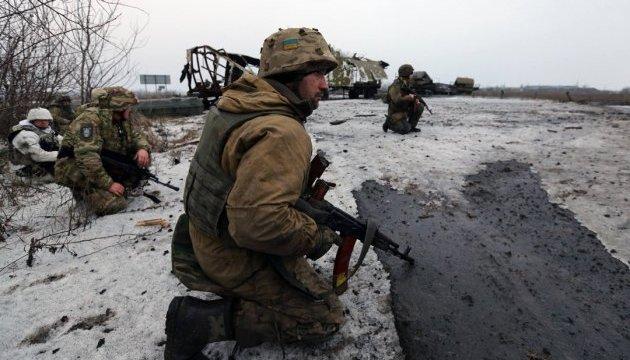 Бои возле Авдеевки: боевики оставляют тела убитых на поле боя