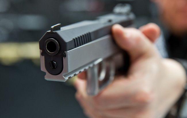Ужасная стрельба: в Луцке пьяный мужчина едва не застрелив двух полицейских