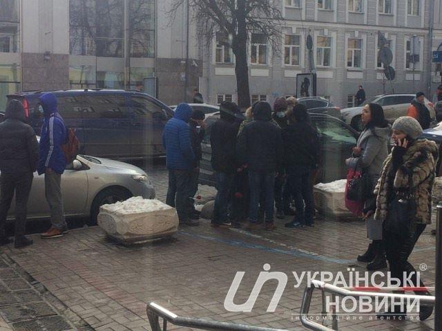 В центре Киева неизвестные напали на главу Института национальной памяти Вьятровича (ФОТО)