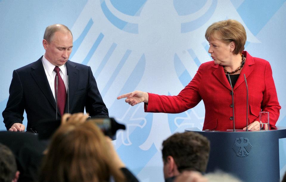 Прес-служба Кремля розсекретила про що домовилися Путін і Меркель щодо Донбасу