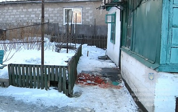 Шок: в Днепре женщина на поминках 17-ю ножевыми ударами убила соседку (ВИДЕО)