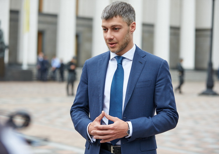 Аж волосы дыбом встают: нардеп Ильюк своим скандальным заявлением ошеломил всех украинцев
