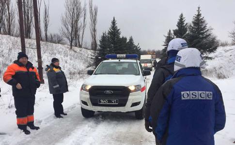 Режим прекращения огня у Авдеевки нарушен, боевики обстреляли украинских электриков