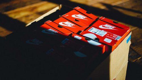 Одесситка нанесла ущерб компании Nike в четверть миллиона гривен