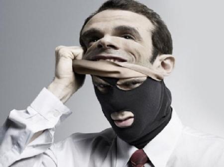 Украинцы, будьте осторожны! Появилась новая схема, как банки массово обдирают людей до нитки