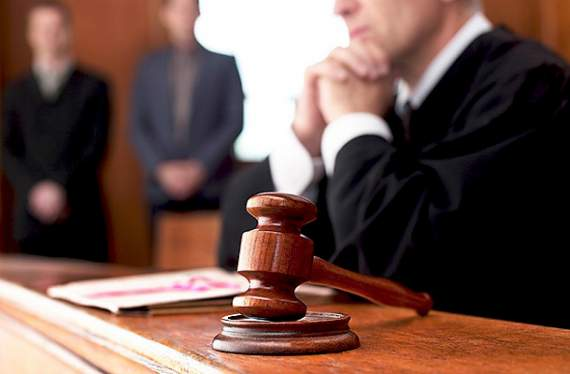 В эту цифру трудно поверить: судьям хотят платить за работу почти полмиллиона