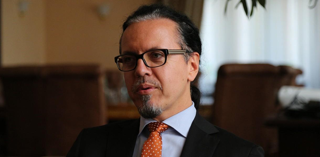 Нардеп опубликовал «секретный» контракт с главой «Укрзализныци» Балчуном