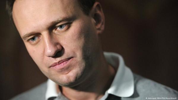 Что там происходит?!: в Москве задержали весь офис фонда Навального