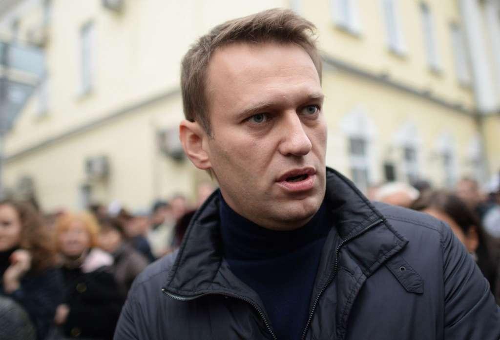 Российского оппозиционера Навального арестовали и будут судить