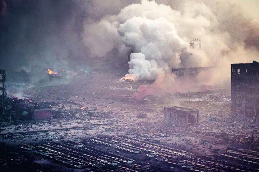 СРОЧНАЯ ЭВАКУАЦИЯ: на Харьковщине загорелся крупнейший в Украине склад боеприпасов (ВИДЕО)