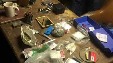 СБУ задержала наркоторговцев вместе с постоянным клиентом