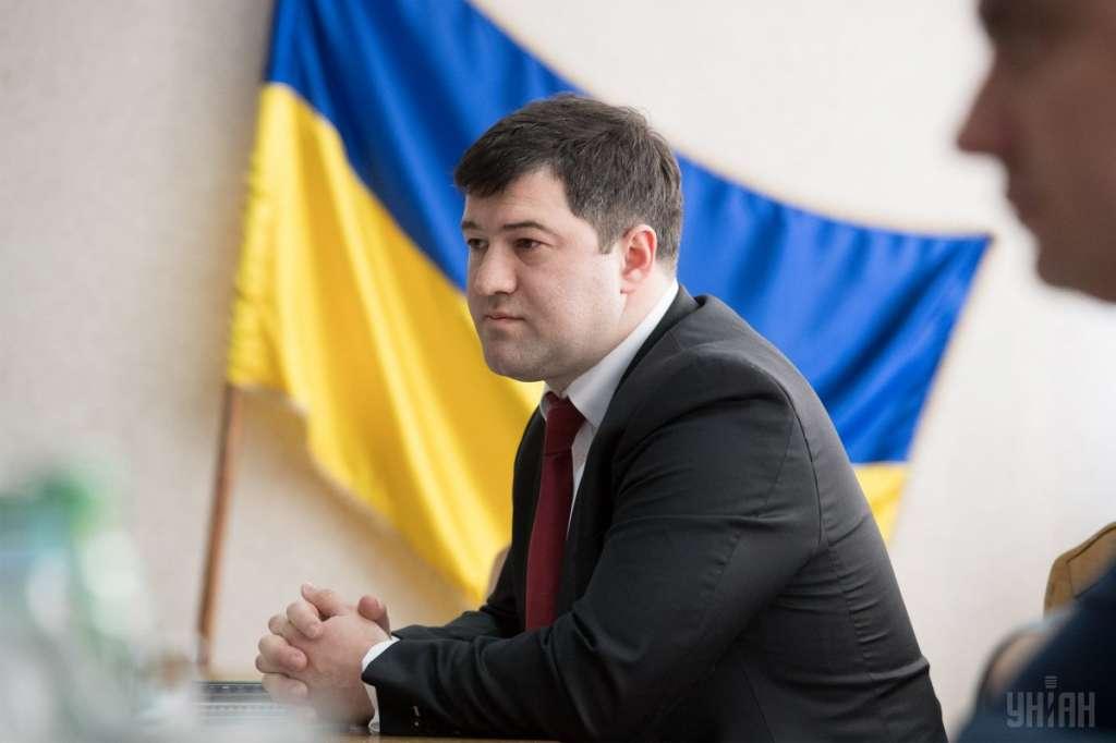 Выкручивается до последнего: заседание по Насирову не началось из «заминировании» суда