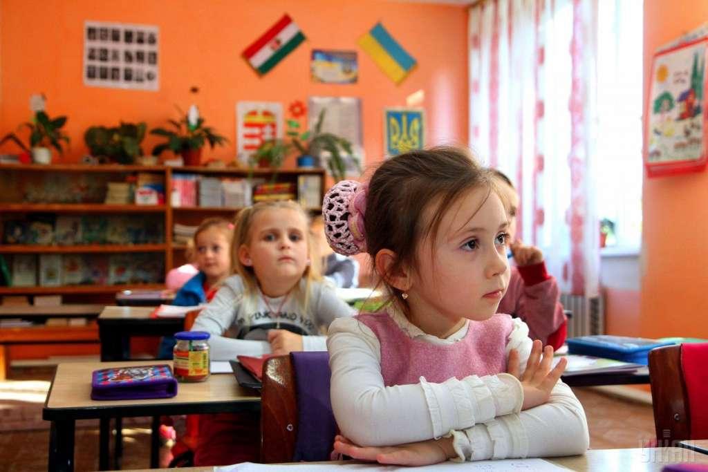 Родители, будьте готовы: во Львове вскоре массово закроются школы и детсады. Причина вас ошеломит