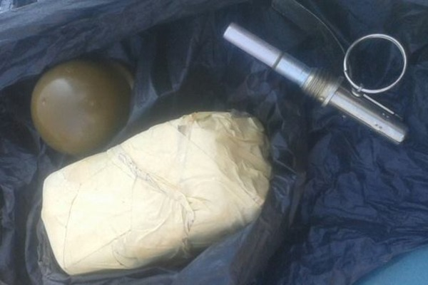 Черкасский камикадзе: мужчина нес по улице взрывчатку