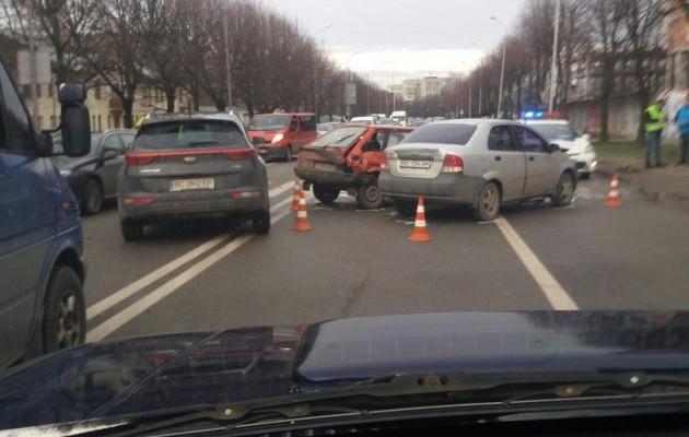Ужасное тройное ДТП во Львове: пострадал ребенок (ФОТО)
