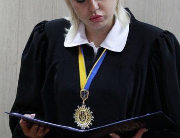 Челюсть отвисает: стало известно, что задекларировала скандальная судья Оксана Эпель. Вы будете в шоке от увиденного (ФОТО)