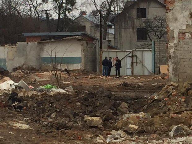 Жуткая трагедия во Львове: бетонная плита раздавила нескольких человек. Последствия просто ужасные (ФОТО)