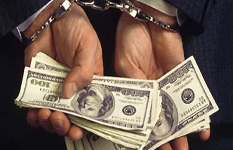 В Полтаве задержали милиционера-взяточника
