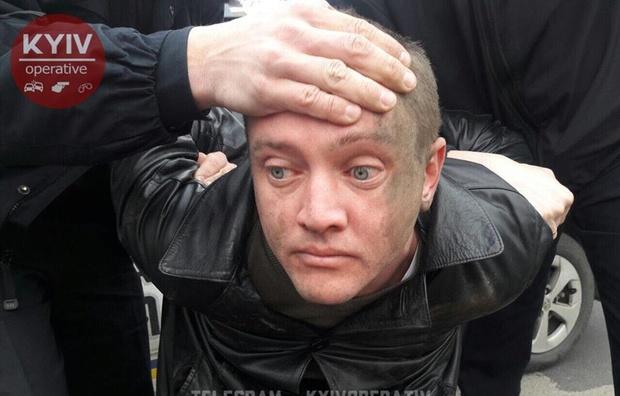 В Киеве пьяный «заместитель министра» попал в ДТП и скрылся от полицейских (ФОТО)