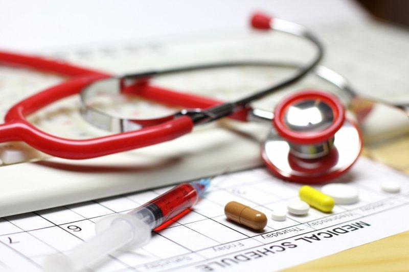 Сколько украинцы заплатят за «бесплатные» медицинские страховки – эксперт