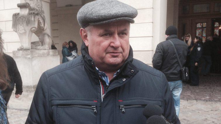 Мэрия Львова попрощалась с начальником управления транспорта Виктором Щиром