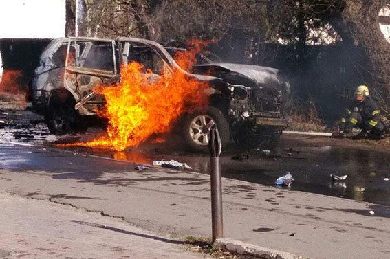 РВАНУЛО!!! В центре Мариуполя взорвали известного СБУшника, взрыв было слышно на весь город (ФОТО)