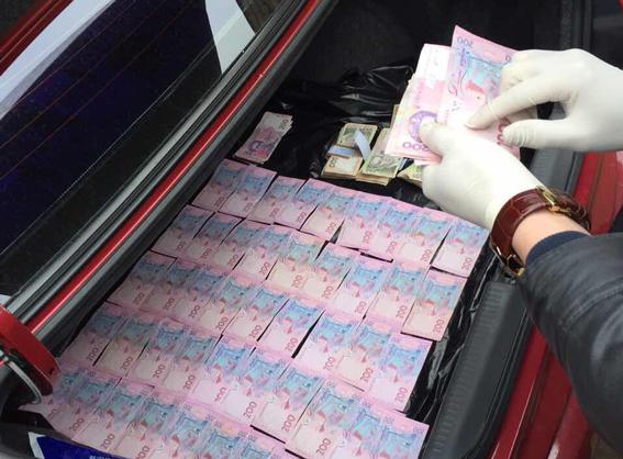 Еще один Насиров: чиновника ДФС засудят из-за колосальной взятки