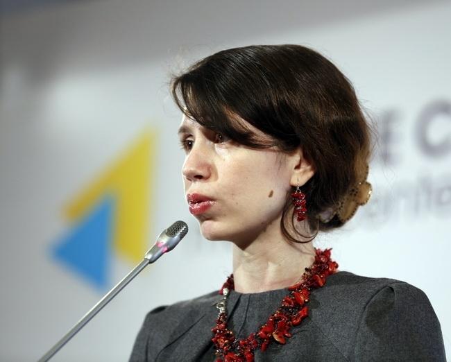 Не имеет к чему уцепиться?!: нардепка Чорновол решила заняться доходами владельцев СМИ