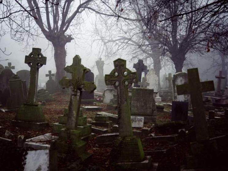 Оказалось, что на Львовщине незаконно хоронят покойников